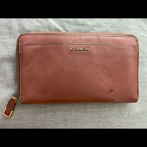 Large Leather Coach Wallet